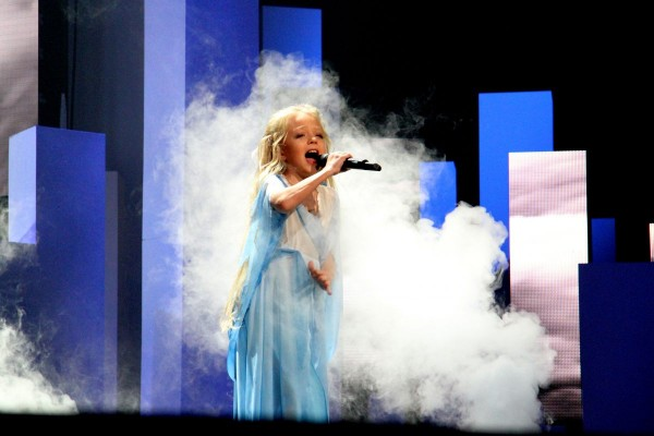Flashback to Junior Eurovision 2012: Ukraine&#8217;s Anastasiya Petryk wins with <em>Nebo</em>