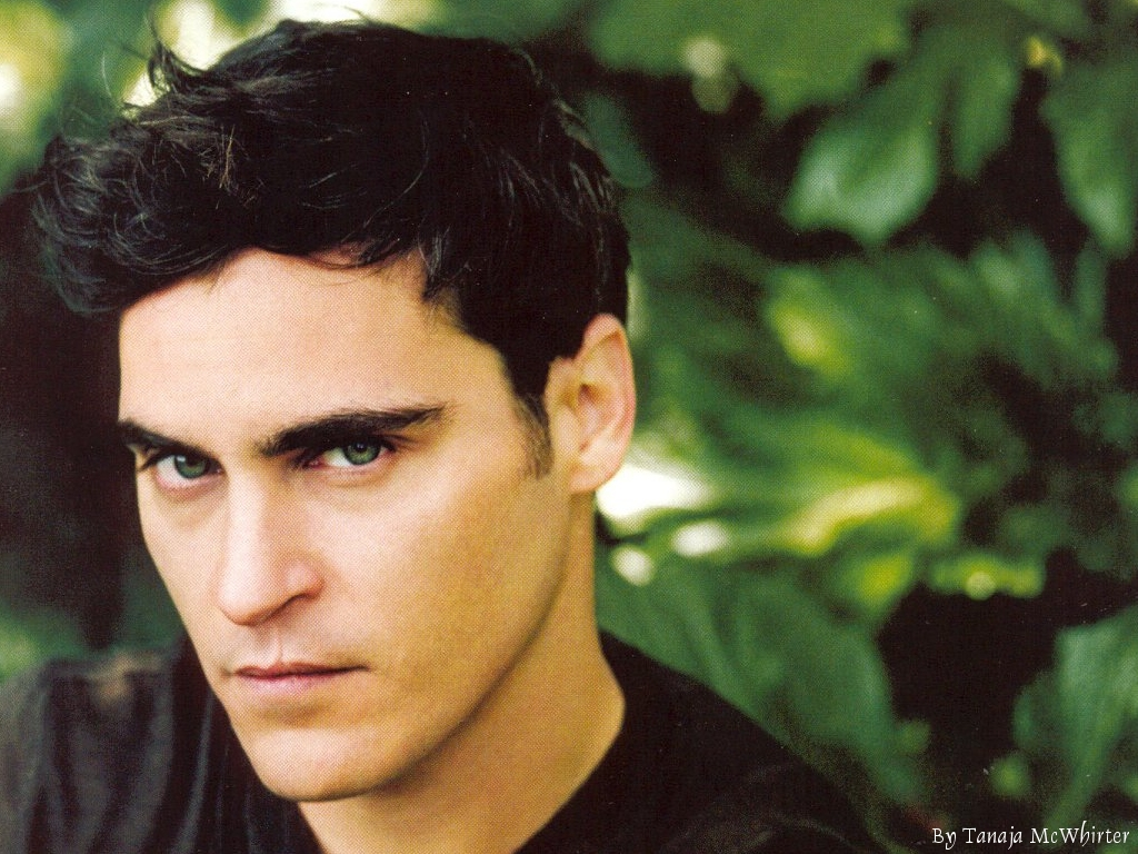 Separated at birth: Roberto Bellarosa and Joaquin Phoenix