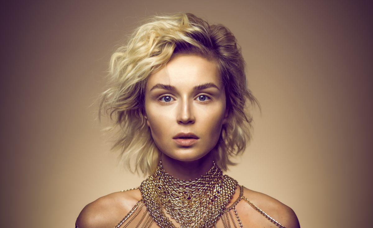 Polina Gagarina scared fans with needles face 07/29/2018 7