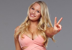 "Anja Nissen: her boy Will didn't want her ""Girls"""