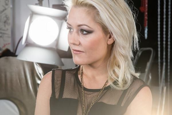 Laila Samuels Afterglow Melodi Grand Prix 2016 Norway Lyrics